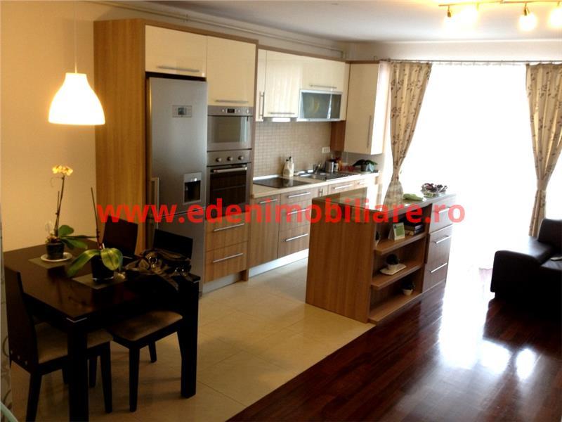 Apartament 3 camere de vanzare in Cluj, zona Manastur, 69900 eur