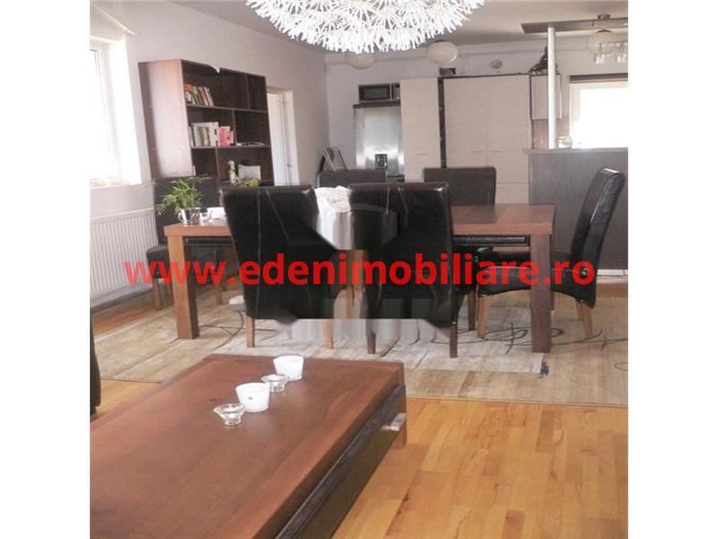 Apartament 4 camere de vanzare in Cluj, zona Centru, 160000 eur