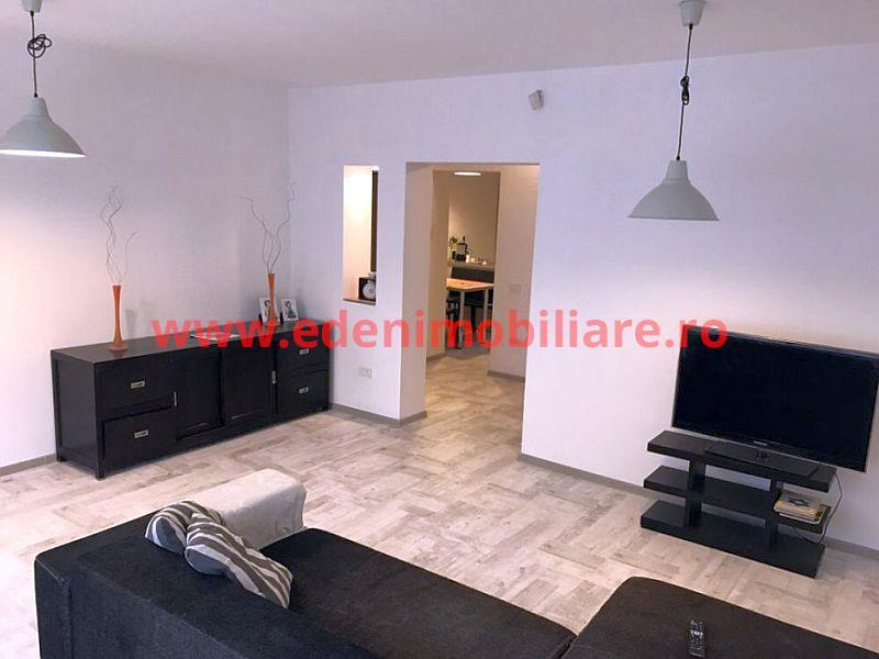 Apartament 3 camere de inchiriat in Cluj, zona Plopilor, 800 eur