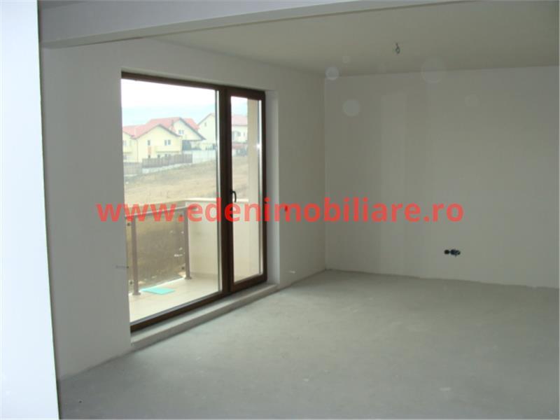 Apartament 4 camere de vanzare in Cluj, zona Europa, 140000 eur