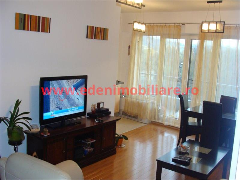 Apartament 2 camere de inchiriat in Cluj, zona Plopilor, 540 eur