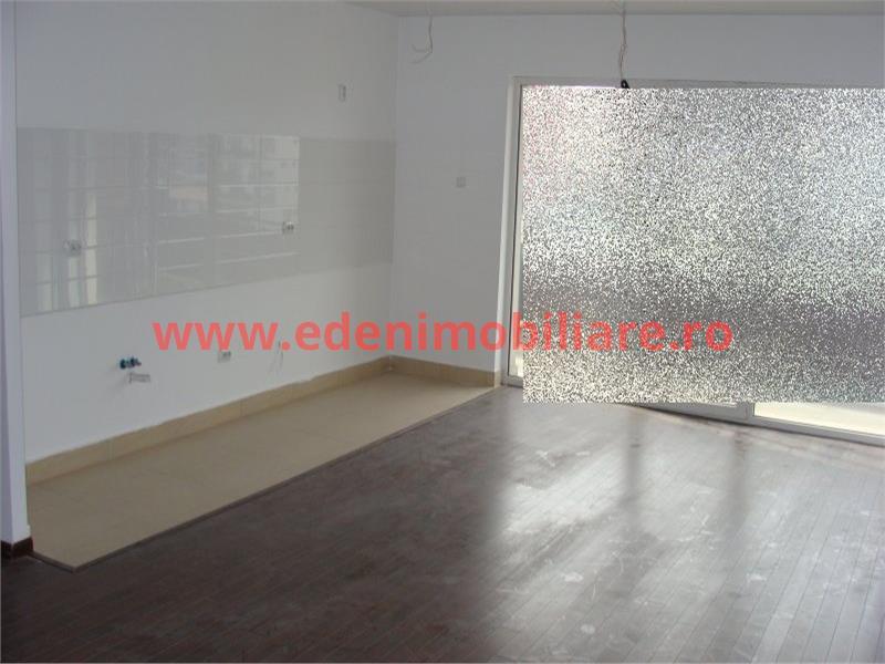Apartament 3 camere de vanzare in Cluj, zona Buna-Ziua, 79800 eur