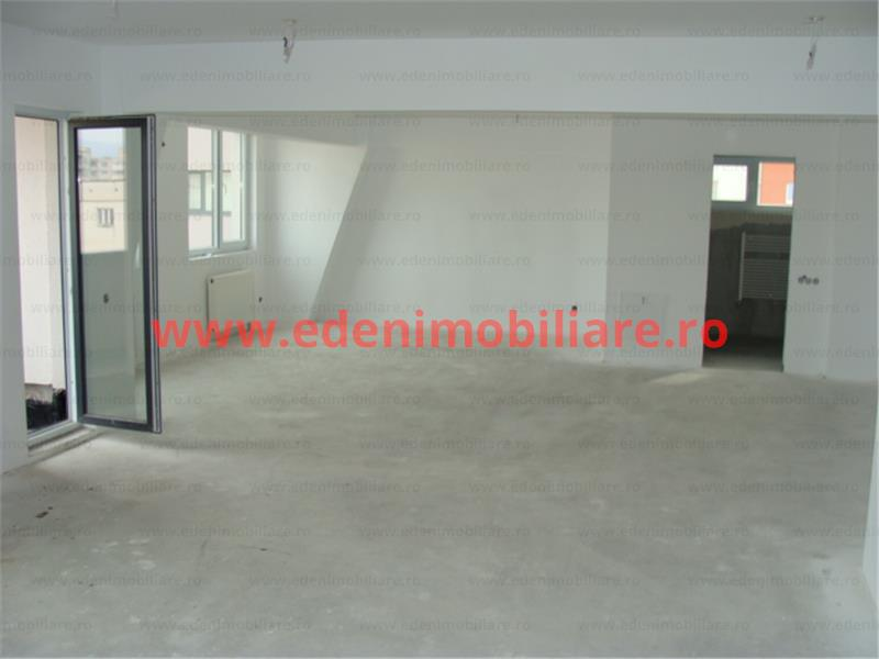 Apartament 4 camere de vanzare in Cluj, zona Semicentral, 222000 eur