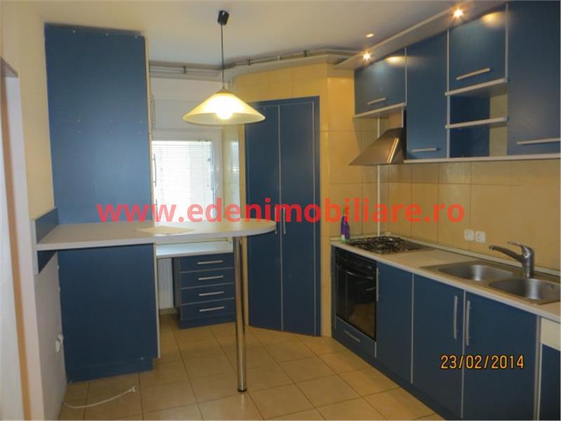Apartament 3 camere de vanzare in Cluj, zona Marasti, 118000 eur
