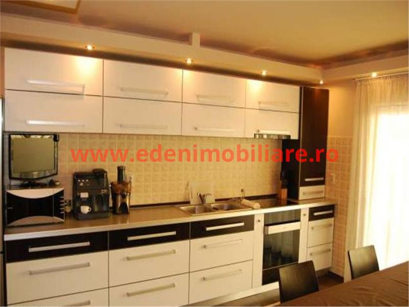 Casa/vila de inchiriat in Cluj, zona Floresti, 550 eur