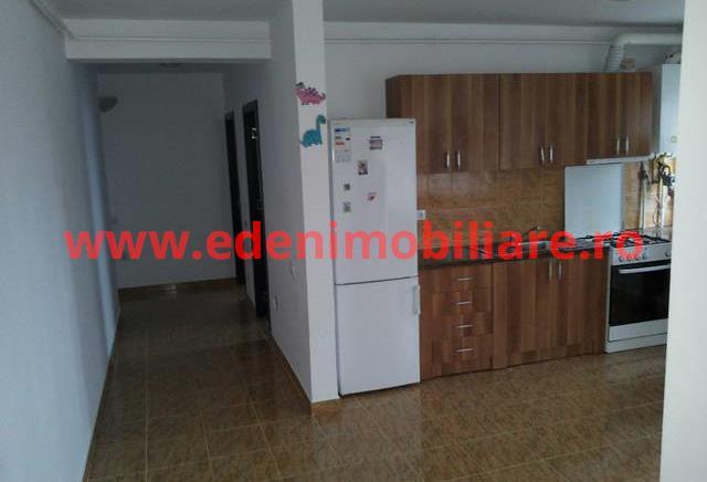 Apartament 3 camere de inchiriat in Cluj, zona Europa, 350 eur
