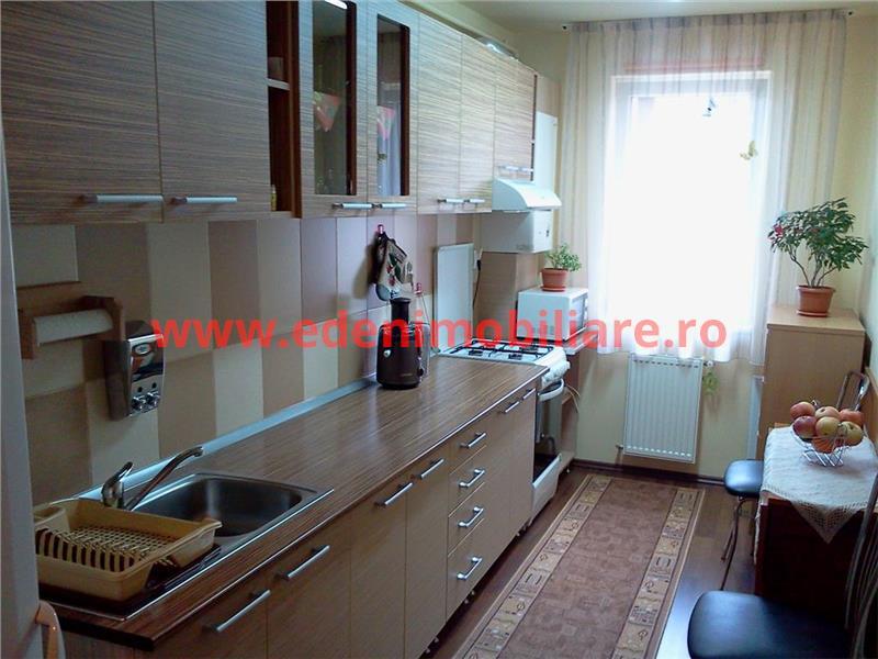 Apartament 1 camera de vanzare in Cluj, zona Floresti, 28000 eur