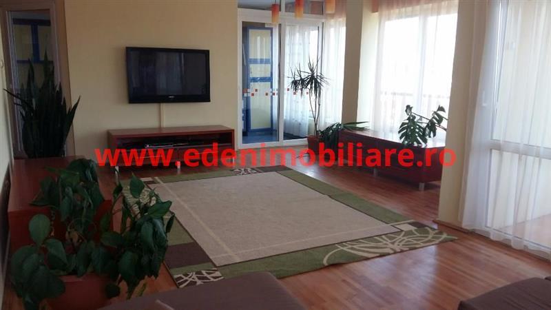 Apartament 4 camere de inchiriat in Cluj, zona Andrei Muresanu, 800 eur