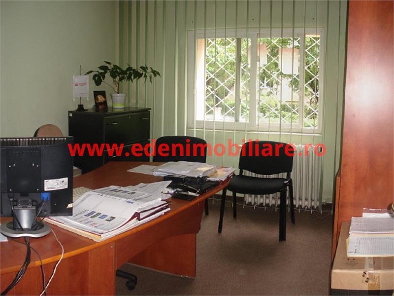 Apartament 4 camere de inchiriat in Cluj, zona Gheorgheni, 400 eur