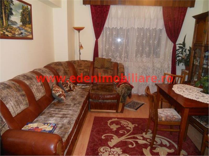 Apartament 4 camere de vanzare in Cluj, zona Manastur, 80000 eur