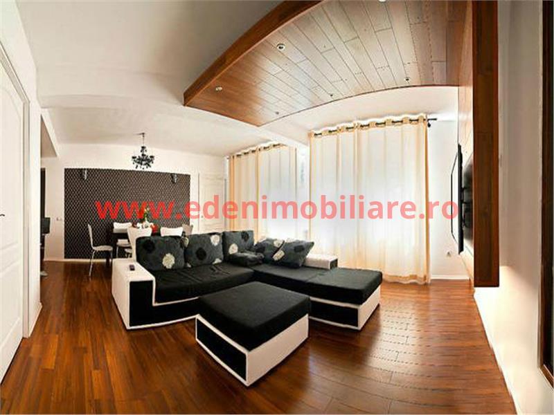 Apartament 4 camere de vanzare in Cluj, zona Zorilor, 92000 eur
