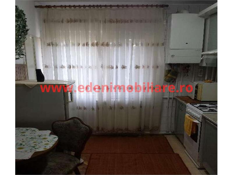 Apartament 3 camere de inchiriat in Cluj, zona Plopilor, 400 eur