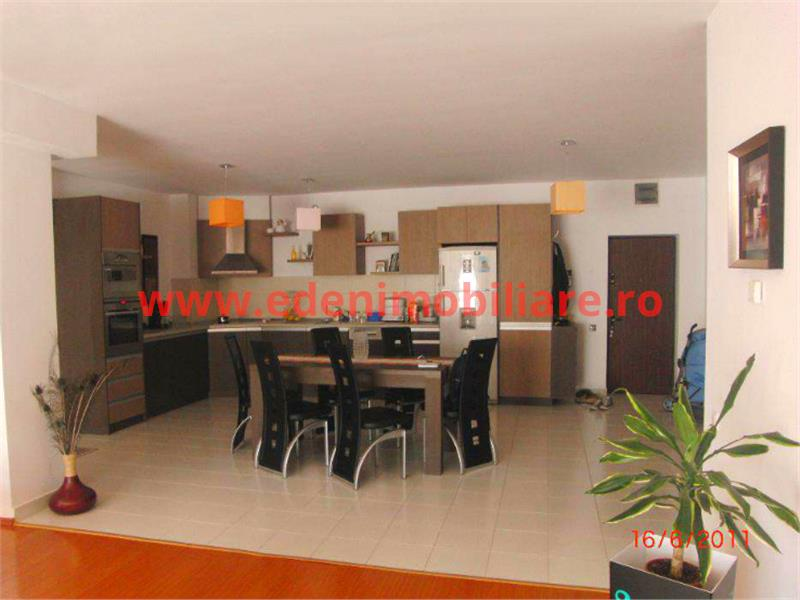 Inchiriere apartament 2 camere in Cluj, zona Plopilor, 800 eur