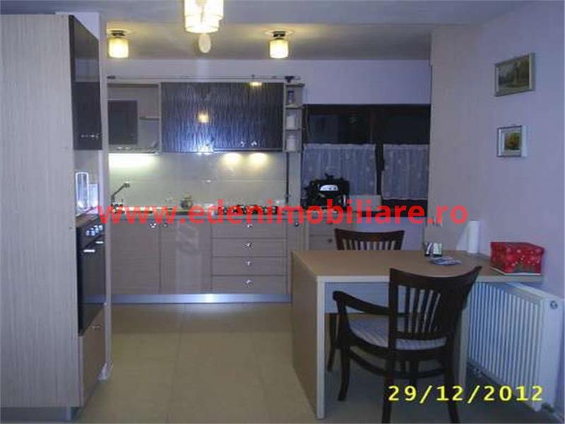 Apartament 4 camere de vanzare in Cluj, zona Andrei Muresanu, 155000 eur