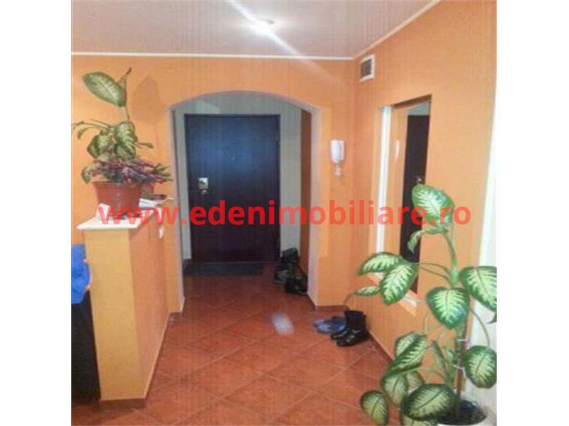 Apartament 3 camere de vanzare in Cluj, zona Marasti, 105000 eur