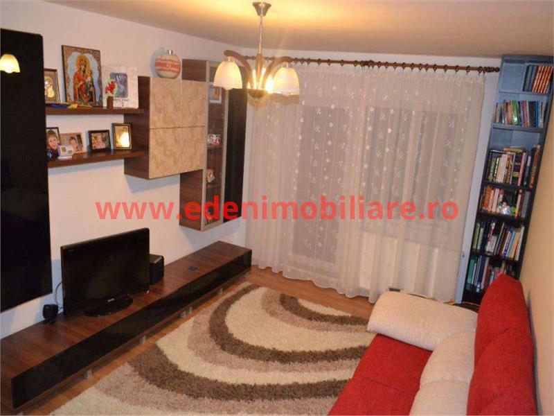 Apartament 4 camere de vanzare in Cluj, zona Marasti, 96000 eur
