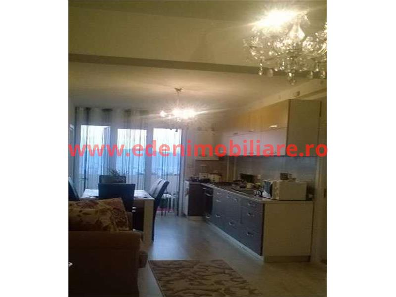 Apartament 3 camere de vanzare in Cluj, zona Manastur, 79000 eur