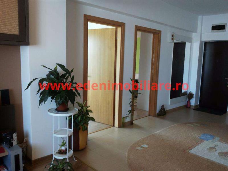 Apartament 3 camere de vanzare in Cluj, zona Plopilor, 139500 eur
