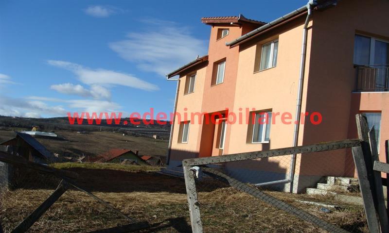 Casa/vila de vanzare in Cluj, zona Iris, 135000 eur