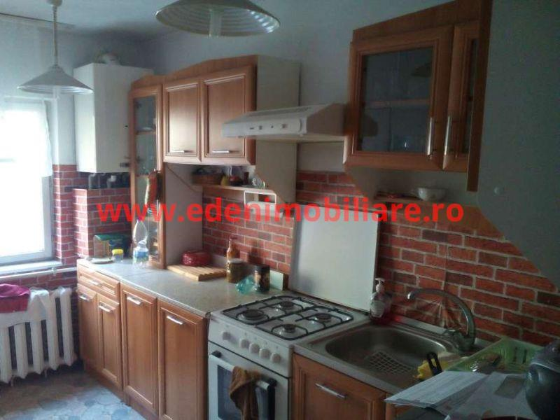Apartament 4 camere de vanzare in Cluj, zona Manastur, 87000 eur
