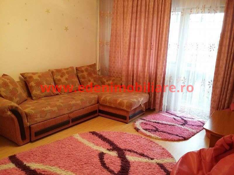 Apartament 3 camere de vanzare in Cluj, zona Marasti, 77000 eur