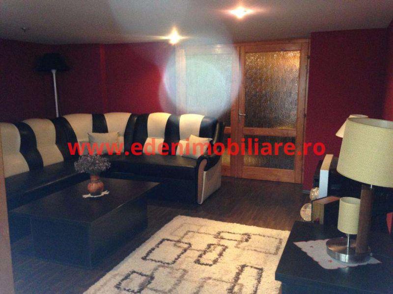 Apartament 4 camere de vanzare in Cluj, zona Centru, 130000 eur