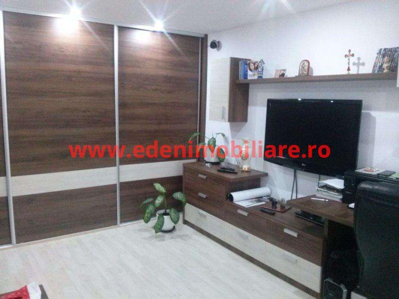 Apartament 3 camere de vanzare in Cluj, zona Marasti, 83000 eur