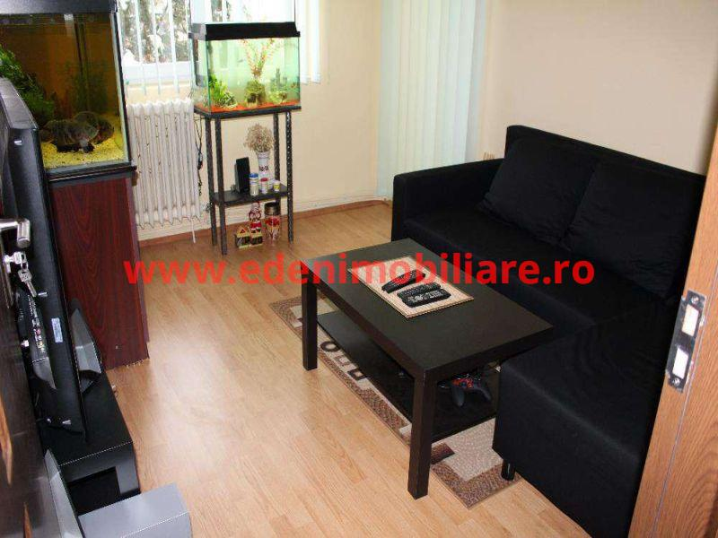 Apartament 4 camere de vanzare in Cluj, zona Marasti, 92000 eur