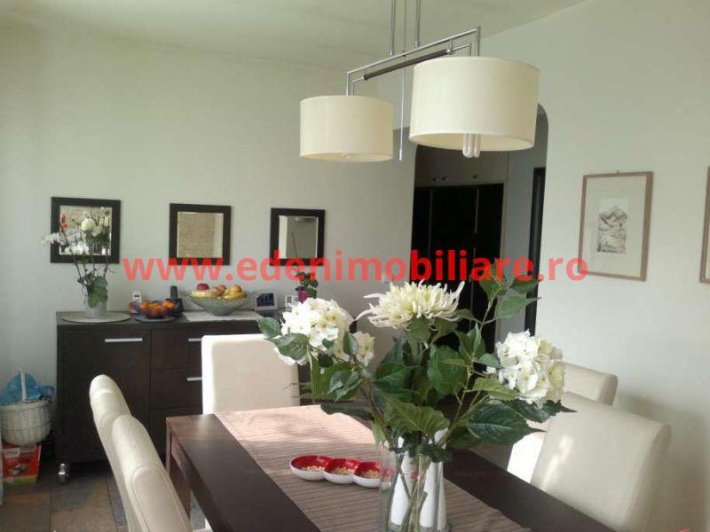 Apartament 4 camere de vanzare in Cluj, zona Semicentral, 185000 eur