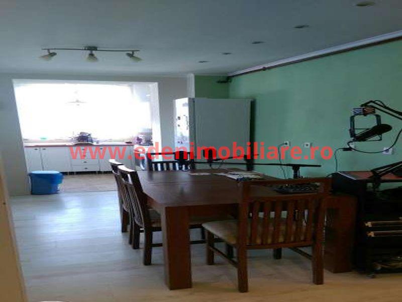 Apartament 3 camere de vanzare in Cluj, zona Gheorgheni, 109900 eur