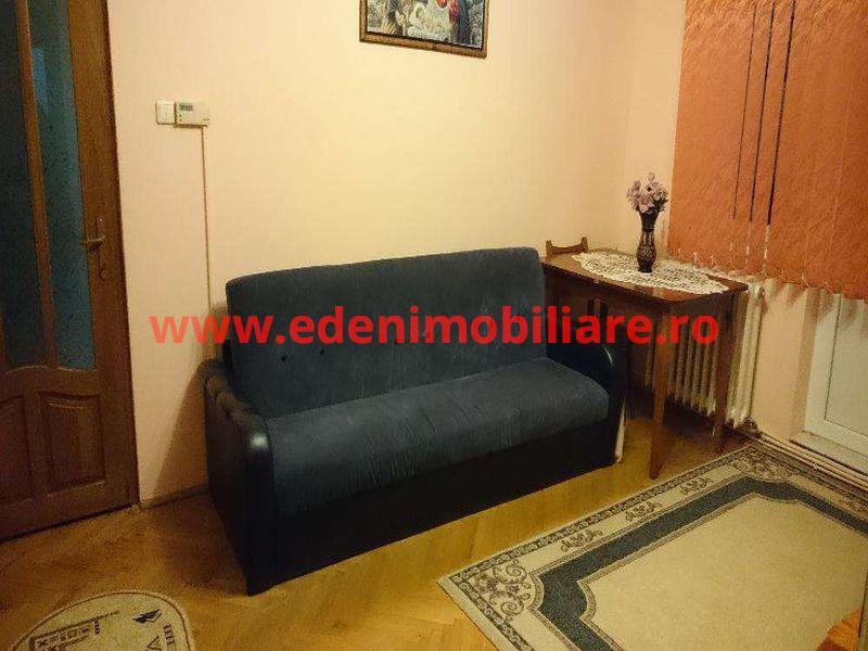 Apartament 3 camere de vanzare in Cluj, zona Manastur, 63000 eur
