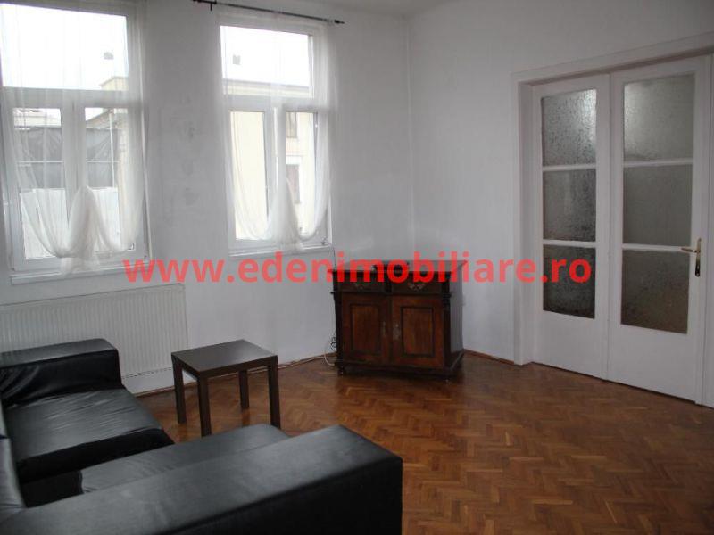 Apartament 3 camere de vanzare in Cluj, zona Centru, 136000 eur