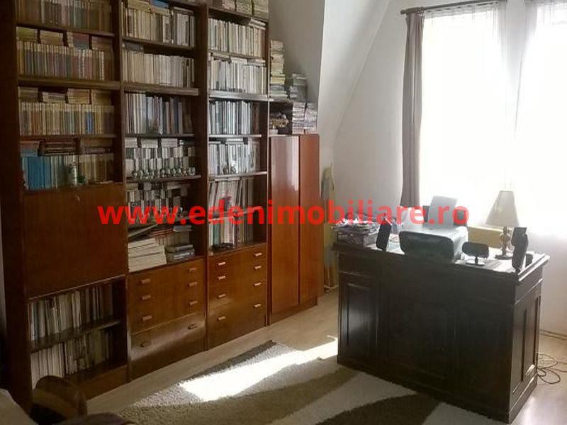 Apartament 3 camere de vanzare in Cluj, zona Andrei Muresanu, 88000 eur