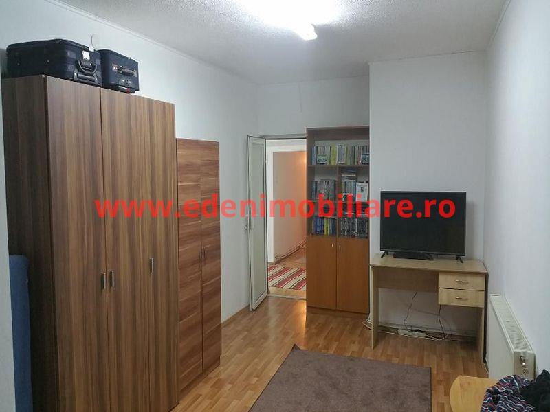 Apartament 3 camere de vanzare in Cluj, zona Centru, 75000 eur