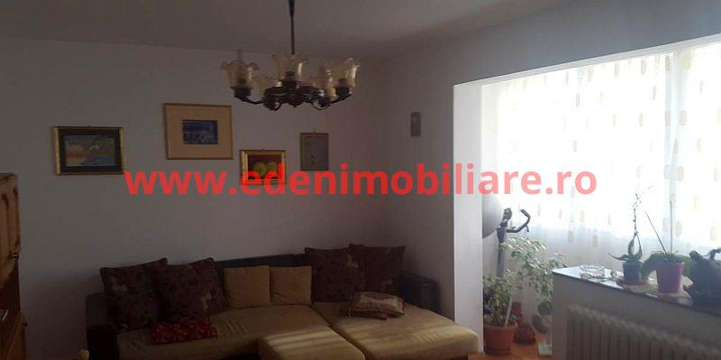 Apartament 4 camere de inchiriat in Cluj, zona Gheorgheni, 500 eur