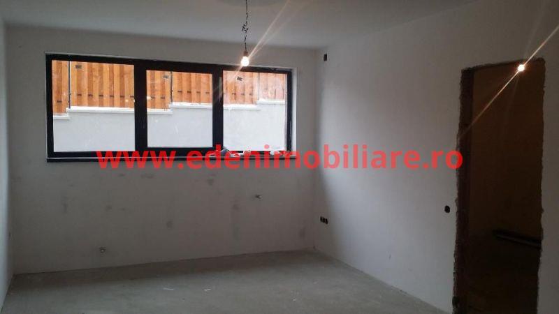 Apartament 4 camere de vanzare in Cluj, zona Borhanci, 91000 eur