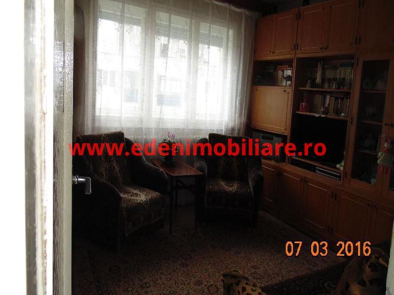 Apartament 3 camere de vanzare in Cluj, zona Manastur, 55000 eur