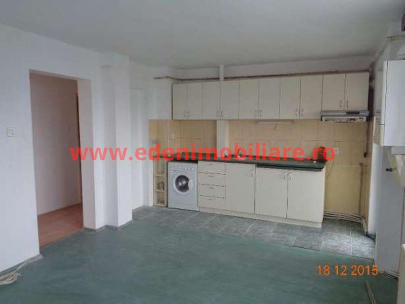 Apartament 3 camere de vanzare in Cluj, zona Manastur, 59500 eur