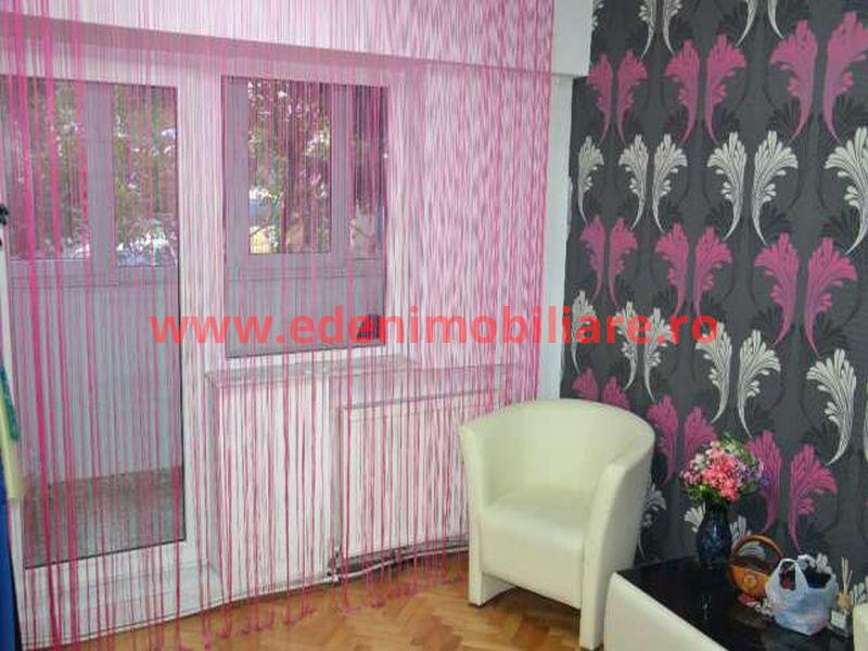 Apartament 3 camere de vanzare in Cluj, zona Manastur, 68000 eur