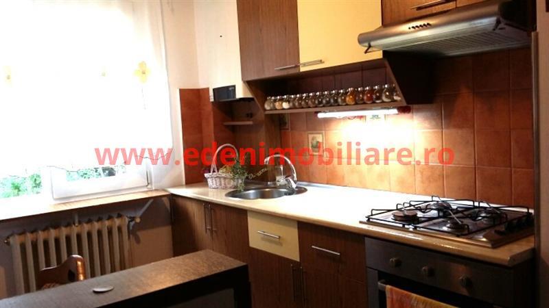 Apartament 3 camere de vanzare in Cluj, zona Manastur, 79500 eur
