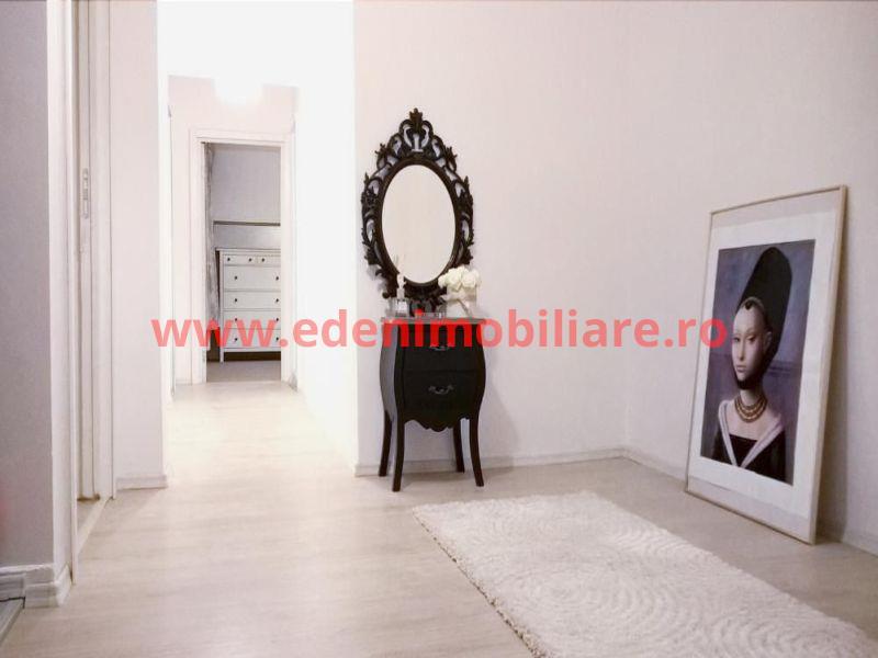 Apartament 3 camere de vanzare in Cluj, zona Manastur, 74500 eur