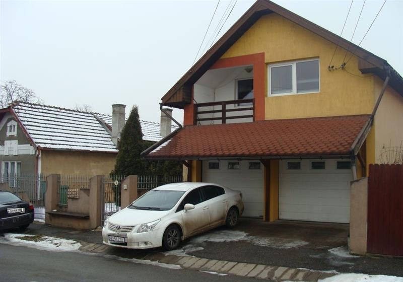 Casa/vila de inchiriat in Cluj, zona Iris, 1200 eur