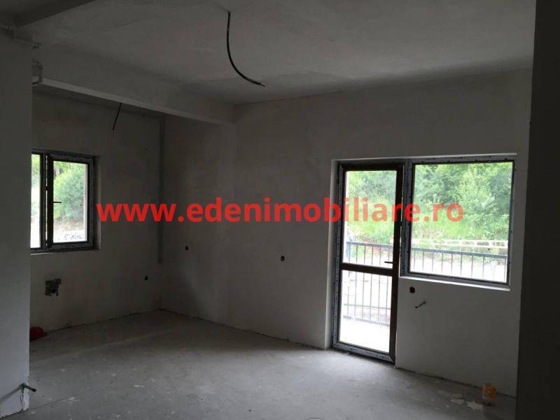 Apartament 2 camere de vanzare in Cluj, zona Manastur, 35000 eur