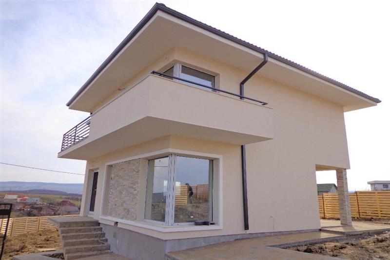 Casa/vila de vanzare in Cluj, zona Dezmir, 77500 eur