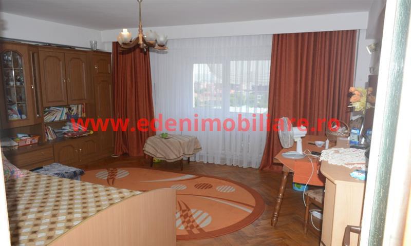 Apartament 3 camere de vanzare in Cluj, zona Manastur, 87500 eur
