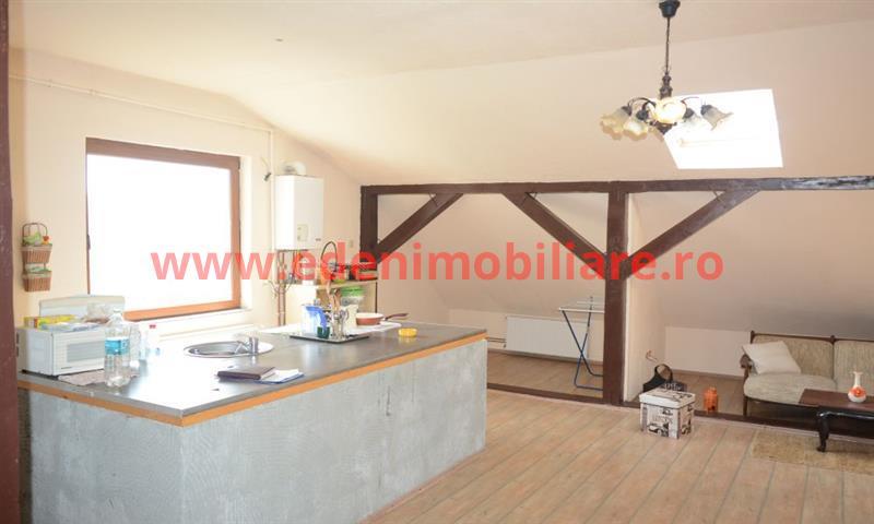 Apartament 3 camere de vanzare in Cluj, zona Dambu Rotund, 68000 eur