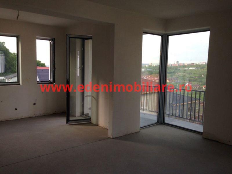 Apartament 3 camere de vanzare in Cluj, zona Manastur, 82000 eur