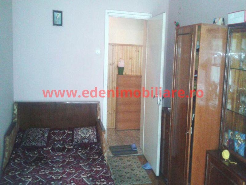 Apartament 3 camere de vanzare in Cluj, zona Gheorgheni, 75000 eur