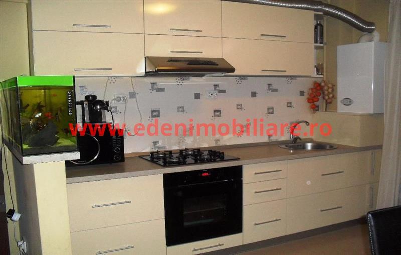Apartament 3 camere de vanzare in Cluj, zona Apahida, 51000 eur