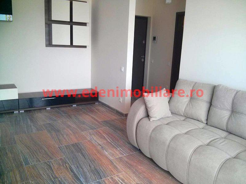 Apartament 3 camere de inchiriat in Cluj, zona Semicentral, 500 eur